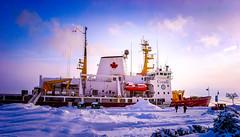 2009Jan-Frimas-28 (jdbrochu) Tags: photographie hiver troisrivieres bateau rivage laneige pleinair vieuxtroisrivieres