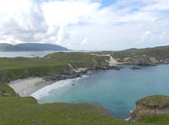 Faraid Head, Balnakeil, Durness, July 2016 (allanmaciver) Tags: faraid head durness balnakeil bay north west sutherland water turquoise clear colours sand hidden height cloudy afternoon allanmaciver