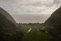 The Valley (nclcocco) Tags: ocean trees usa lake clouds canon river hawaii cloudy july hills valley greenery hi bigisland bluehawaiianhelicopters aerialphotography 2014 pacificislands kohalacoast hawaiiisland 5dmkiii canon5dmarkiii 5dmarkiii nclcocco nicolacocco