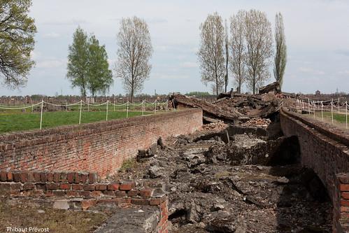 Ruines de chambres à gaz (camp 2)