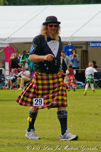 "Nethy Bridge: Highland Games: Heavy Events • <a style=""font-size:0.8em;"" href=""http://www.flickr.com/photos/26679841@N00/17164308070/"" target=""_blank"">View on Flickr</a>"