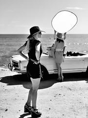 Pretty woman. (Carlos Arriero) Tags: people blancoynegro water girl beautiful beauty car fashion composition 50mm mercedes mujer agua nikon gente retrato moda modelo alicante coche beauties backandwhite prettygirl portrair prettywoman moraira composicin posado mercedes280sl cocheantiguo chicaguapa d800e carlosarriero