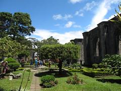 """Cartago: les ruines d'une église transformée en parc <a style=""""margin-left:10px; font-size:0.8em;"""" href=""""http://www.flickr.com/photos/127723101@N04/27028462276/"""" target=""""_blank"""">@flickr</a>"""