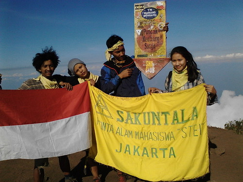 "Pengembaraan Sakuntala ank 26 Merbabu & Merapi 2014 • <a style=""font-size:0.8em;"" href=""http://www.flickr.com/photos/24767572@N00/27129679566/"" target=""_blank"">View on Flickr</a>"