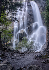 Feeling the flow (sochhoeung) Tags: water nationalpark falls waterfalls sequoia sequoianationalpark glizzyfalls