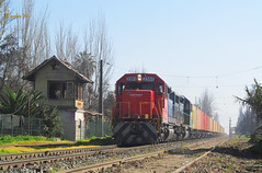 De vuelta (Rodrigo yaez) Tags: chile de tren trenes colina contenedores fepasa chike nortino d2351