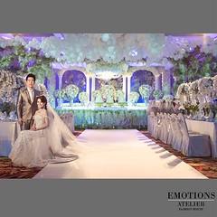 🙏🌹❤️✨ น้องนิว น้องก้อง ในชุดของ @emotion_atelier COME TO DISCOVER OUR BRIDAL GOWN AVAILABLE NOW 👉 #emotionsatelier_bridal 👈รับสั่งตัด+เช่าชุดแต่งงาน ชุดราตรี ชุดไทย สนใจลองชุดหรือต้องการให้ทางทีมงานออกแบบเพื