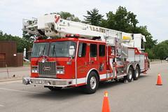 Prairie du Chien, WI Fire Dept. Ladder 43 (postfd33) Tags: county chien tower wisconsin truck fire platform du ladder prairie volunteer wi crawford 43 dept eone l43
