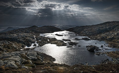 Sum beams - D8E_0007b (Viggo Johansen) Tags: sea sky lake mountains norway clouds rocks sunbeams rogaland strandkommune