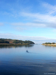 Ra de Navia. Desembocadura ({Manzanas Rojas R.} Raquel.) Tags: blue water river de asturias navia ra desembocadura radenavia