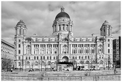 Customs House, Liverpool (Blue the Bear) Tags: liverpool threegraces pierhead customshouse