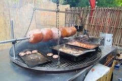 DSC_5091-11 (kytetiger) Tags: brussels market bruxelles ham medieval march cinquantenaire jambon mdival etterbeek