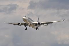 QR0001 DOH-LHR (A380spotter) Tags: approach landing arrival finals shortfinals airbus a330 300x a7aeh qatar  qatarairways qtr qr qr0001 dohlhr runway27l 27l london heathrow egll lhr