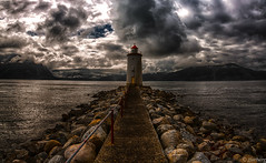 The Hogsteinen (jforberg) Tags: 2016 lighthouse sea sky cloudy cloud color colors canon norway noregia norwegian norge norwegia navigator stones mountain dark