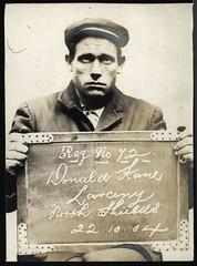 Anglų lietuvių žodynas. Žodis shipmaster reiškia n (prekinio laivo) kapitonas lietuviškai.