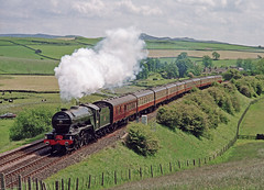 60800 Bell Busk 10-06-00 (prof@worthvalley) Tags: uk railroad green all transport railway steam locomotive arrow types 60800