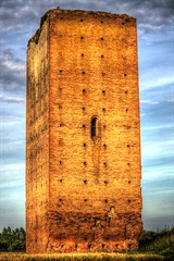 HDR TORRE DI GALLIERA (BO) - XII secolo (massimo.forapani) Tags: tower italia torre italu bologna hdr medioevo middleage galliera