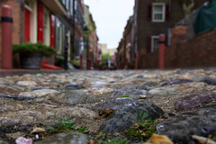 Elfreth's Alley Cobblestones (joscelyn_p) Tags: street old philadelphia canon pov pennsylvania historic cobblestones pa philly residential lightroom inhabited elfrethsalley