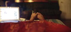 (deymanabukar) Tags: feet canon bedroom air indoors expansion macbook t1i