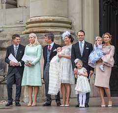Prince Oscar of Sweden christening (Maria_Globetrotter) Tags: family cute eye church beautiful hat barn wow denmark photography norge photo oscar shoes flickr dad foto child dress legs princess sweden daniel schweden father mother may royal pic victoria oskar suit event mum contact 28 gown madeleine fredrik danmark dop familj estelle prins 2016 bernadotte mettemarit st kronprins prinsessa slottskyrkan hgtid mariaglobetrotter 20160528 27052016img09522
