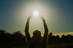 29/52:2016 by PhotoWalk, Dublin - Forced Perspective - DSC_0337 (John Hickey - fotosbyjohnh) Tags: ireland sunset dublin sun outdoor forcedperspective 2016 cabinteelypark july2016