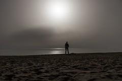 La luna llena (Campesino Incoherente) Tags: lunallena luna mar playa largaexposicin nikon d610 tamron2470f28 noche