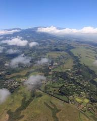 makawao (1600 Squirrels) Tags: 1600squirrels photo 5dii lenstagged canon24105f4 throughglass aerial airliner haleakala eastmaui maui mauicounty hawaii usa