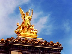 Statue on Opra Garnier, Paris (Travel.diaries) Tags: paris france rooftop statue architecture gold opera palaisgarnier opragarnier opranationaldeparis