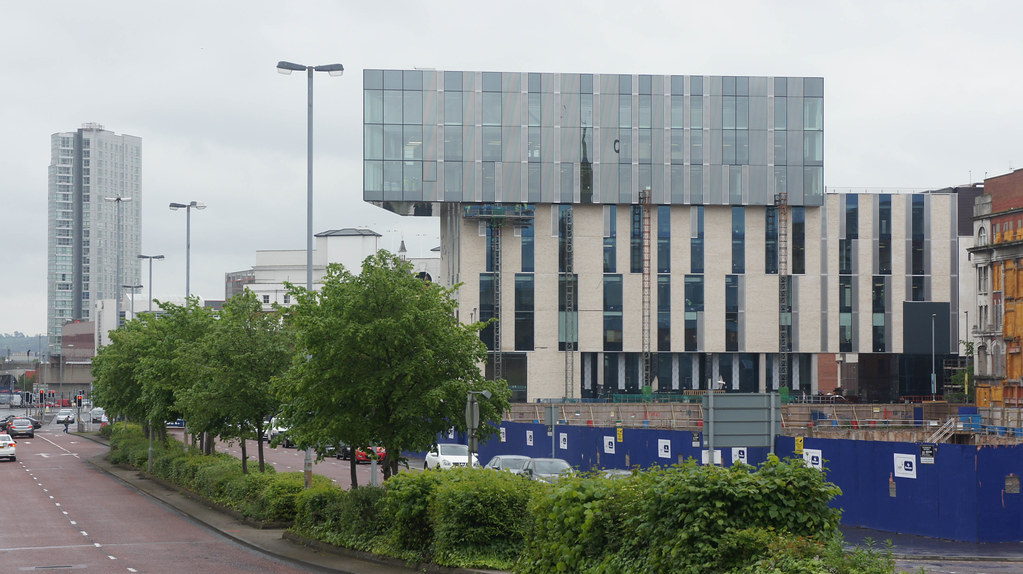 BLOCK B ULSTER UNIVERSITY BELFAST CAMPUS [ MAY 2015] REF -104783