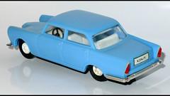 ALFA ROMEO 2000 Berlina (987) KDN L1100560 (baffalie) Tags: auto old classic car vintage toys miniature voiture retro coche alfaromeo jouet diecast jeux classica