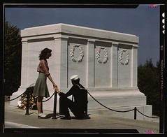 Sailor with Margaret Mary McCloskey at The Tomb of the Unknown Soldier 1943 May #HistoryPorn #history #retro http://ift.tt/1U8WYlV (Histolines) Tags: history soldier with mary tomb may retro margaret unknown timeline sailor mccloskey 1943 the vinatage historyporn histolines httpifttt1u8wylv