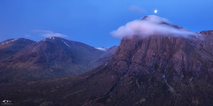 Moon on the Boochle (J McSporran) Tags: mountains landscape scotland highlands morningmist westhighlands buachailleetivemor ef1635mm beinnachrulaiste canon6d