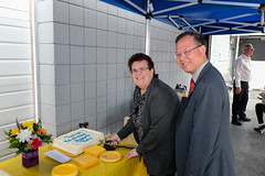 Burnaby resident receives Medal of Good Citizenship (BC Gov Photos) Tags: helpingfamiliesinneed medalofgoodcitizenship community rayabernethy burnaby volunteering