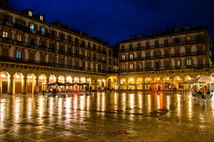 P9170456 Spain Basque Country San Sebastian (Dave Curtis) Tags: plaza blue reflection night square spain europe country olympus hour sansebastian basque omd 2013 em5