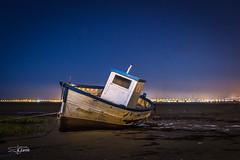 Barca solitaria (Roberto EYEPICS) Tags: sanfernando andaluca espaa es
