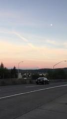 Mt Rainier at sunset (Arthaey) Tags: freeway sunset mountain alpenglow mtrainier seattle