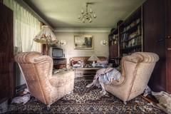 (satanclause) Tags: verlassene haus abandoned house austria urbex hdr oputn dm villa