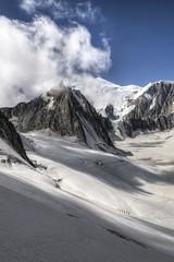 Mountain [FR] (ta92310) Tags: travel hdr summer 2016 europe france chamonix 74 hautesavoie neige snow montblanc alpes alps sun soleil aguille midi randonneurs hikers hike randonne