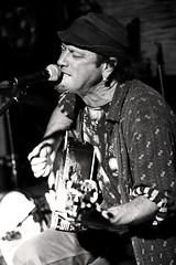 Glenn (Aust) -3- (Jean-Michel Baudry) Tags: bw canon blackwhite concert brittany live c glenn bretagne nb 56 musique australie noirblanc lorient 2015 scne canoneos50d legalion jeanmichelbaudry jeanmichelbaudryphotographie