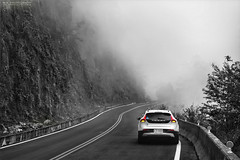 迷霧驚魂/The Mist (M.K. Design) Tags: county blackandwhite bw mist mountains nature beautiful fog volvo nationalpark nikon sweden taiwan 台灣 自然 黑白 風景 d2 阿里山 alishan nantou 新中橫 shinyi 南投縣 2015 越野 霧 夫妻樹 powershift 北歐 玉山國家公園 斯堪地那維亞 台21線 台18線 明隧道 阿里山鄉 塔塔加遊客中心 節能 柴油引擎 簡約 afs2470mm28g d800e v40crosscountry 雙離合器變速箱 國際富豪 愛車寫真 瑞典國寶 信義義