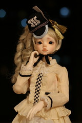 IMG_8305 (Emma Wolf) Tags: doll bjd customblythe obitsucustom classydoll dimdolllarina mystickids zinnadollmore