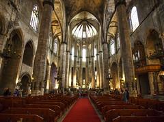 Santa Maria del Mar (fantommst) Tags: barcelona building church century spain basilica gothic catalonia medieval nave restored 13th catalan ribera santamariadelmar lisaridings fantommst