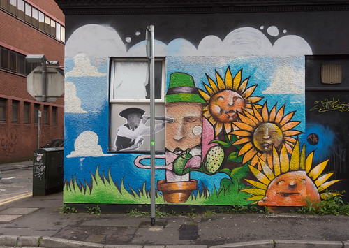 Street Art In Belfast [May 2015] REF-104696
