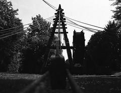 Rmischer Kran (Christian Gttner) Tags: camera summer blackandwhite bw 120 film monochrome analog mediumformat germany deutschland 645 europa heaven bonn bokeh crane outdoor himmel technik nrw sw analogue 6x45 tyskland kran rheinland kamera umwelt rollfilm niebo svartvitt lato etrs fomapan mittelformat schwarzweis fomapan200 dwig niemcy czarnobiale zenzabronica schwarzweisfotografie moerschecodeveloper ecodeveloper