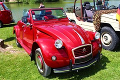 2cv Cabriolet (alex73s https://www.facebook.com/CaptureOfAlex?pnr) Tags: auto old red classic car canon french rouge automobile european francaise transport citroen meeting automotive voiture retro coche 2cv oldcar macchina ancienne cabriolet vehicule deuche rassemblement deudeuche europeenne