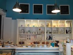 Mercadito Alegre (carocampalans) Tags: colores turismo valparaso dulce gastronoma comercio escaparate negocio cerroalegre