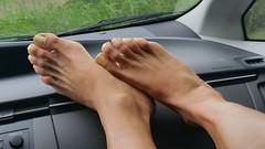 Macaroon Swoon (IPMT) Tags: color feet yellow club foot toes swoon painted cream polish pale amarillo macaroon pedicure crema toenails creamy toenail pedi