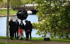 The family portrait (blondinrikard) Tags: gteborg spring fotograf photographer photoshoot sweden may familyphoto familyportrait maj fotografering trdgrdsfreningen