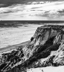 Mazagn - _DSC1341 (Elbier Minks) Tags: sea bw seascape beach mar huelva playa bn acantilados riffs mazagn