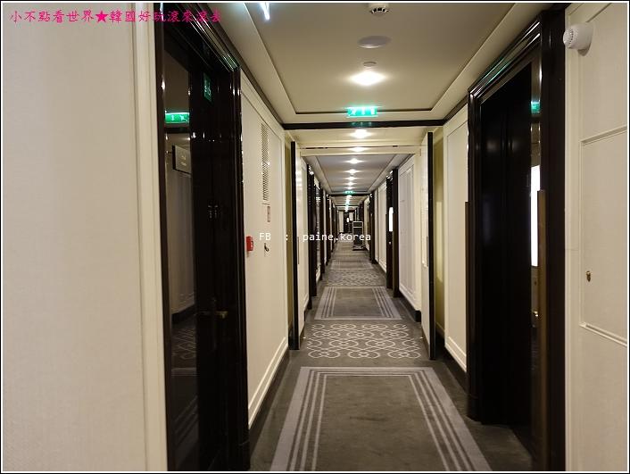 巴黎半島酒店 (38).JPG